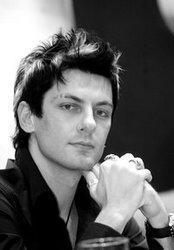 Télécharger gratuitement les sonneries Classical Maksim Mrvica.