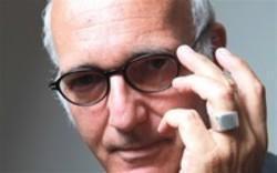 Télécharger gratuitement les sonneries World Ludovico Einaudi.